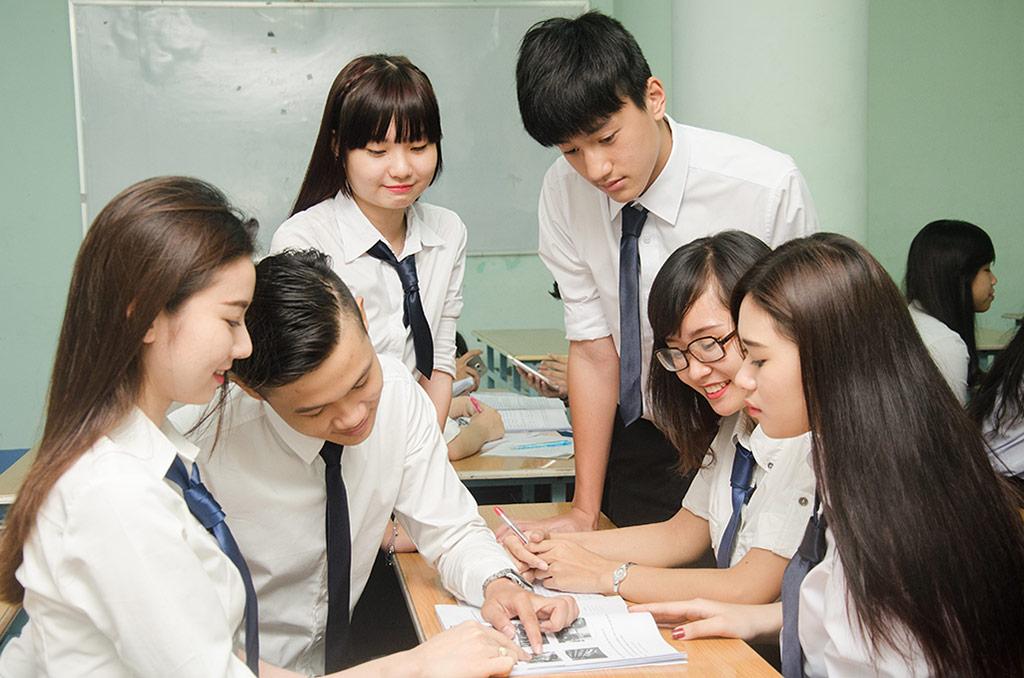 Học Đại học hay Cao đẳng là băn khoăn của không ít sinh viên