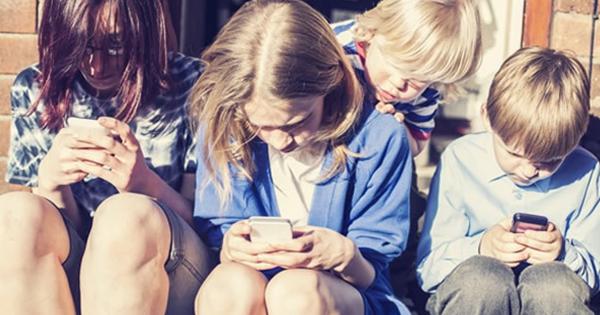 Tác hại của internet đối với học sinh như thế nào?