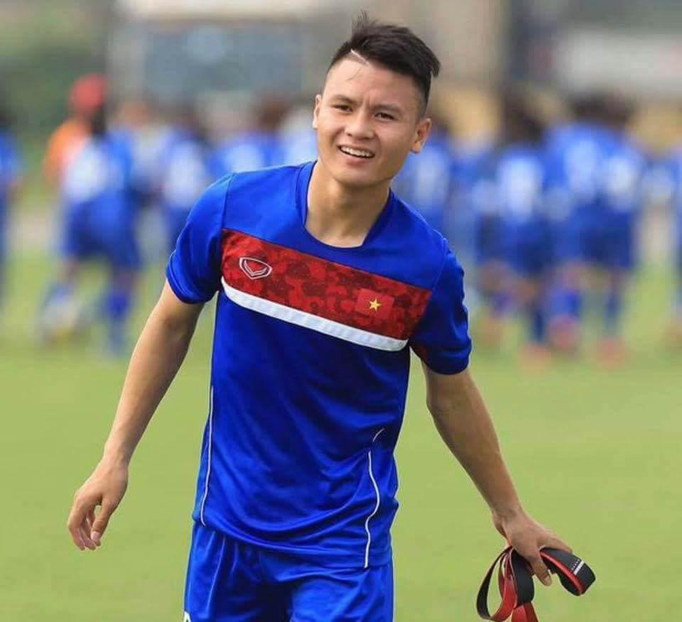 Cầu thủ Quang Hải bao nhiêu tuổi